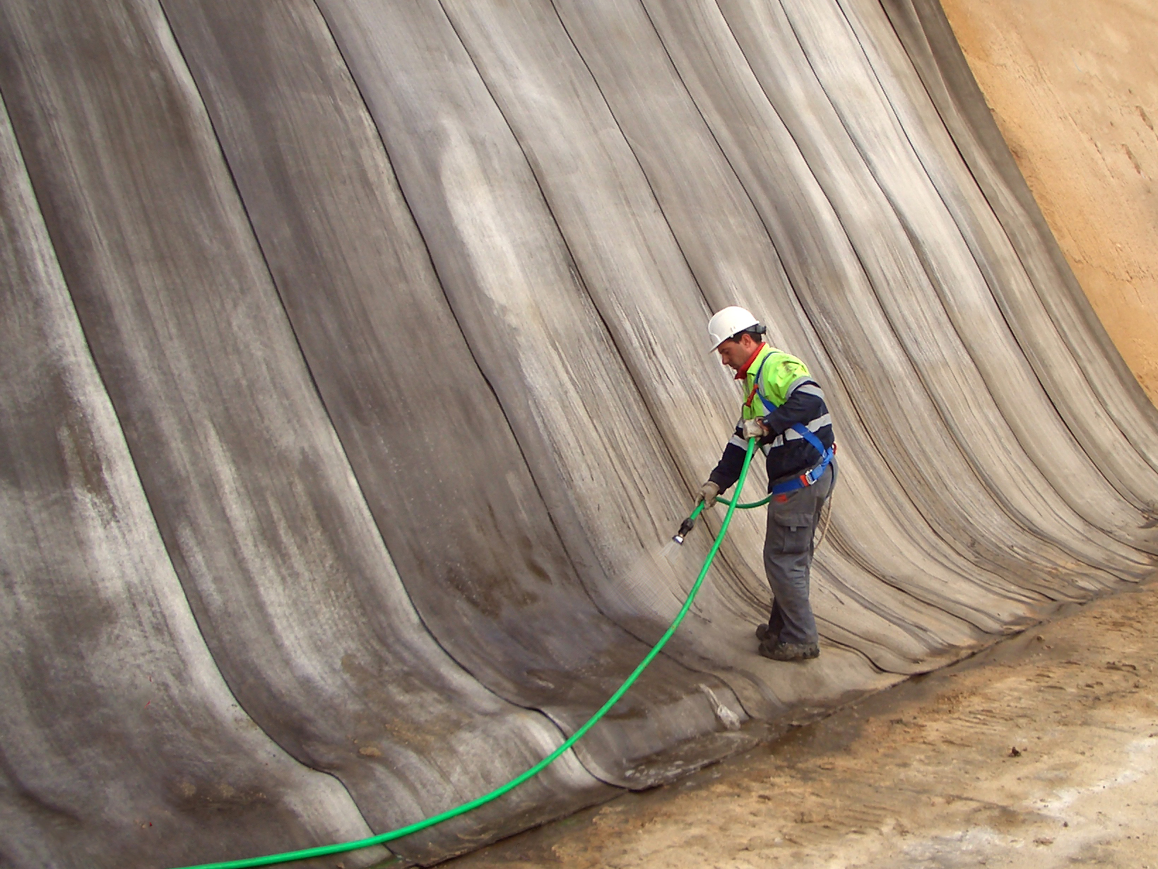 Unactivated Concrete Canvas | JON SHPK | jon.al tirana | Construction